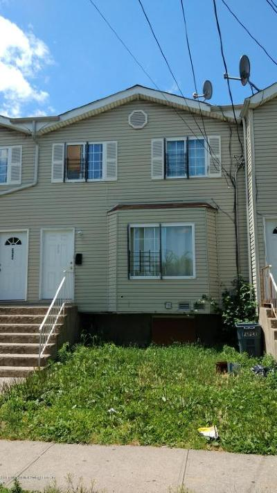 Staten Island Single Family Home For Sale: 350 Targee Street