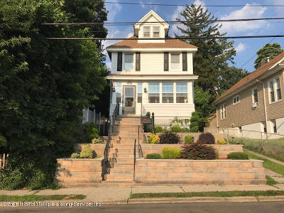 Single Family Home For Sale: 301 Davis Avenue
