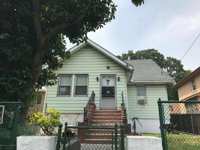 Staten Island NY Two Family Home For Sale: $499,900