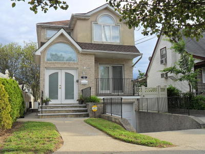 Staten Island Two Family Home For Sale: 7120 Hylan Boulevard
