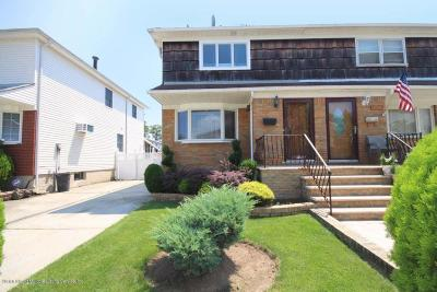 Semi-Attached For Sale: 108 Kennington Street