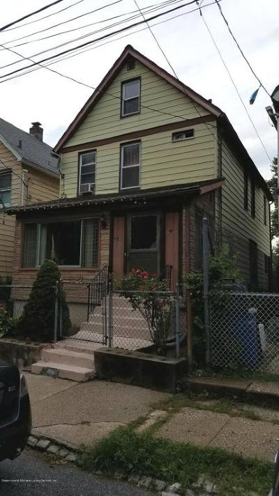 Single Family Home For Sale: 191 Market Street