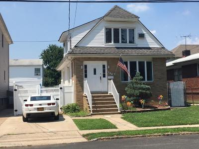 Single Family Home For Sale: 196 Willowbrook Road