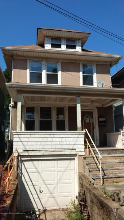 Staten Island Single Family Home For Sale: 73 New Street