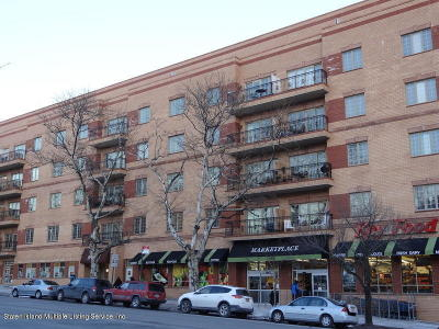 Condo/Townhouse For Sale: 155 Bay Street #3l