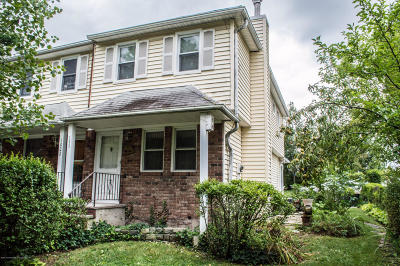 Semi-Attached For Sale: 1024 Arthur Kill Road