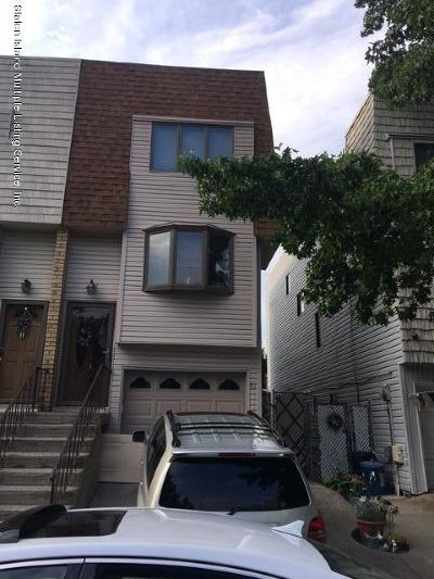 Staten Island Single Family Home For Sale: 51 Mimosa Lane