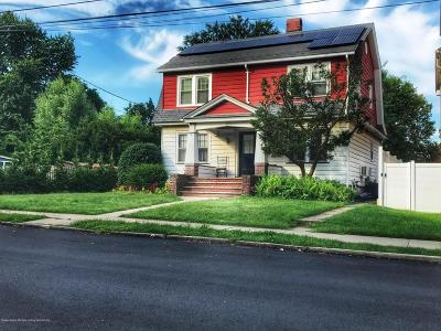 Staten Island Single Family Home For Sale: 142 Bentley Street