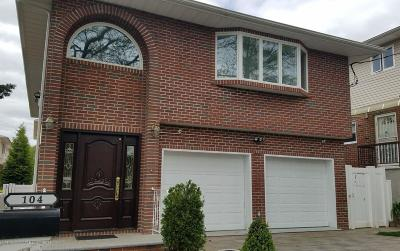 Staten Island Single Family Home For Sale: 104 Dutchess Ave