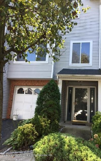Single Family Home For Sale: 16 Admiralty Loop