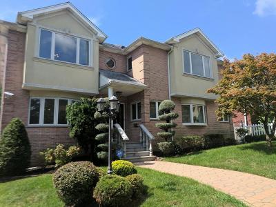 Staten Island NY Single Family Home For Sale: $1,500,000