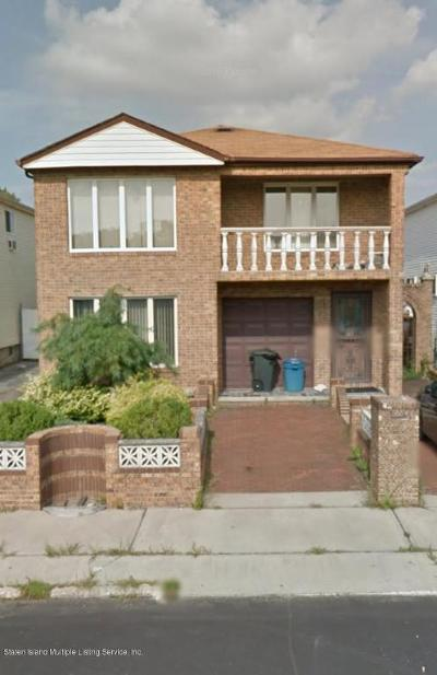 Two Family Home Closed: 326 Graham Avenue