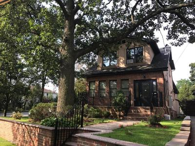 Staten Island NY Single Family Home For Sale: $1,240,000