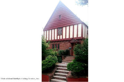 Single Family Home Acceptance: 54 Fort Hill Circle