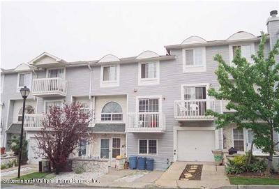 Staten Island NY Condo/Townhouse For Sale: $390,000