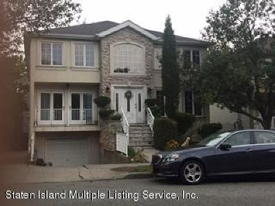 Staten Island NY Two Family Home For Sale: $825,000