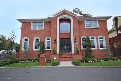 Staten Island Two Family Home For Sale: 14 Sarcona Court