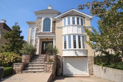 Staten Island Single Family Home For Sale: 51 Bayside Lane
