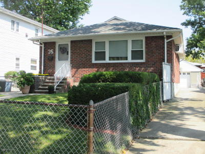 Single Family Home For Sale: 35 Keegans Lane