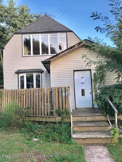 Staten Island Single Family Home For Sale: 279 Nelson Avenue #B