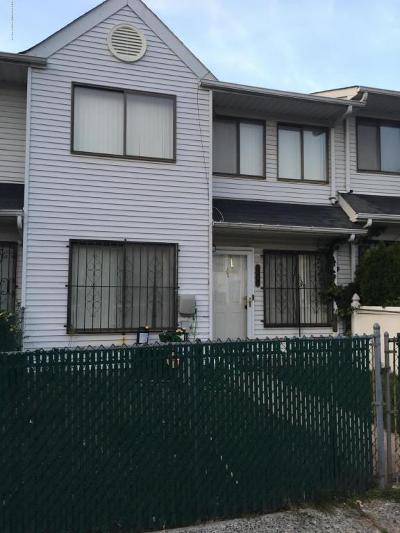 Staten Island Single Family Home For Sale: 168 Continental Place #A