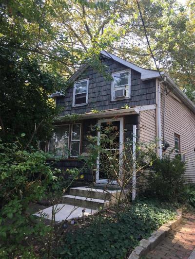 Single Family Home For Sale: 144 Lake Avenue