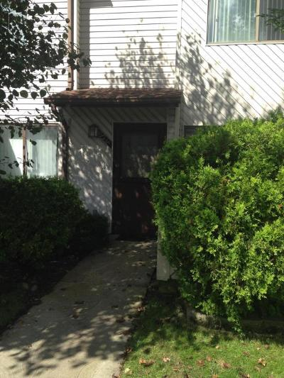 Staten Island Condo/Townhouse Acceptance: 526a Lisk Avenue