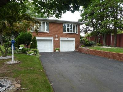 Staten Island NY Single Family Home For Sale: $898,000