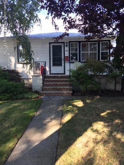 Staten Island Single Family Home For Sale: 227 Princeton Avenue #1