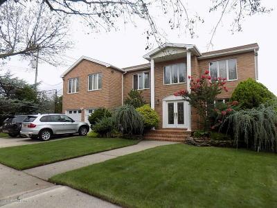 Staten Island Two Family Home For Sale: 455 Holdridge Avenue