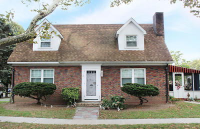 Two Family Home Acceptance: 406 Clawson Street