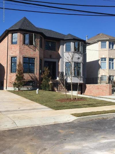 Two Family Home For Sale: 899 Sinclair Avenue