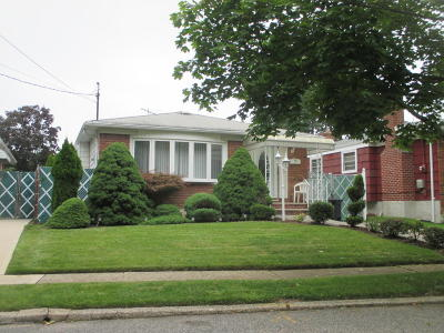 Single Family Home Acceptance: 127 Wolverine Street