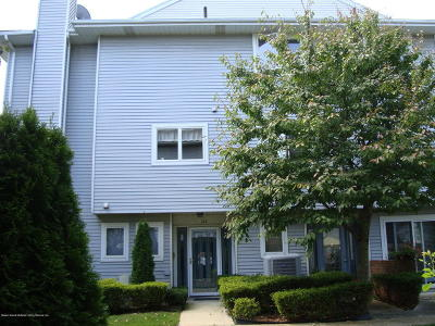 Staten Island Single Family Home For Sale: 128 Commodore Drive