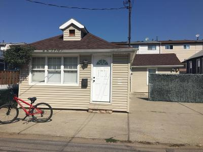 Single Family Home For Sale: 25 Milbank Road