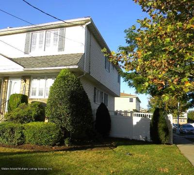 Semi-Attached Sold: 454 Ridgewood Ave Avenue