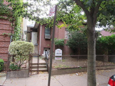 Brooklyn Single Family Home For Sale: 55 Tehama Street