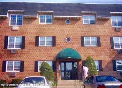 Staten Island Co-op For Sale: 420 Maryland Avenue #1a