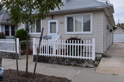 Staten Island Two Family Home For Sale: 309 Kiswick Street