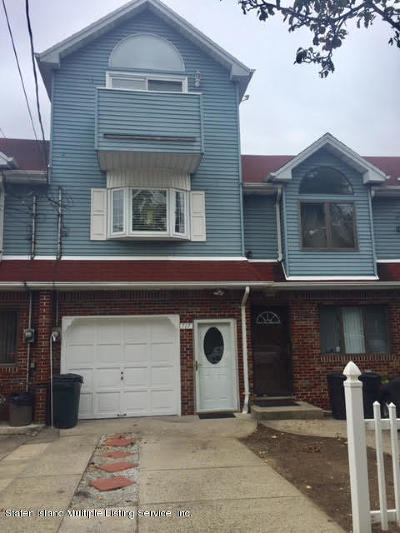 Staten Island NY Single Family Home For Sale: $510,000