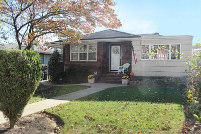 Staten Island Single Family Home For Sale: 136 Jacques Avenue