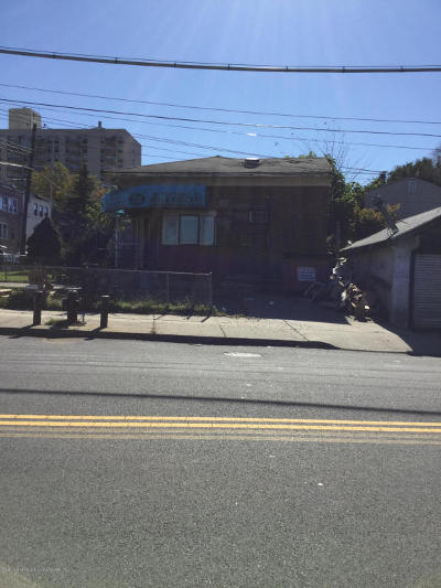 Staten Island NY Commercial For Sale: $800,000