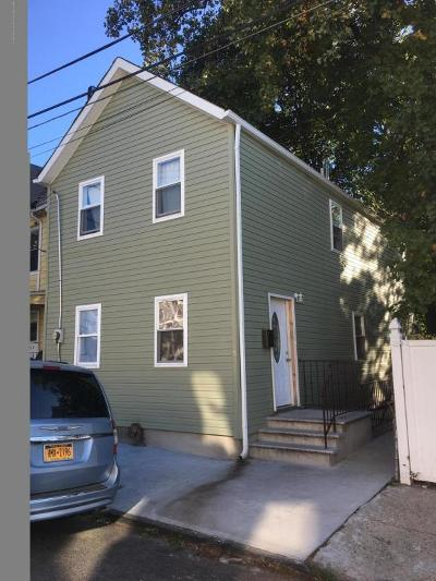 Staten Island NY Single Family Home For Sale: $429,900
