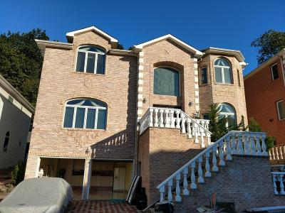 Staten Island Single Family Home For Sale: 50-55 Michael Loop