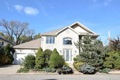 Single Family Home Acceptance: 15 Hastings Court