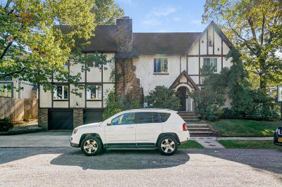 Single Family Home For Sale: 176 Beverly Road