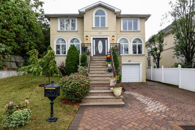 Richmond County Two Family Home For Sale: 435 Bertram Avenue