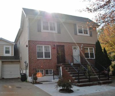 Semi-Attached For Sale: 26 Rumba Place