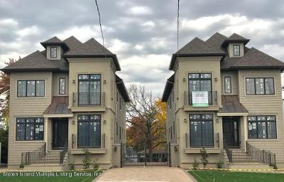 Condo/Townhouse For Sale: 5428 Amboy Road #1a