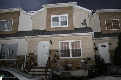 Staten Island Single Family Home For Sale: 37 Skyline Drive